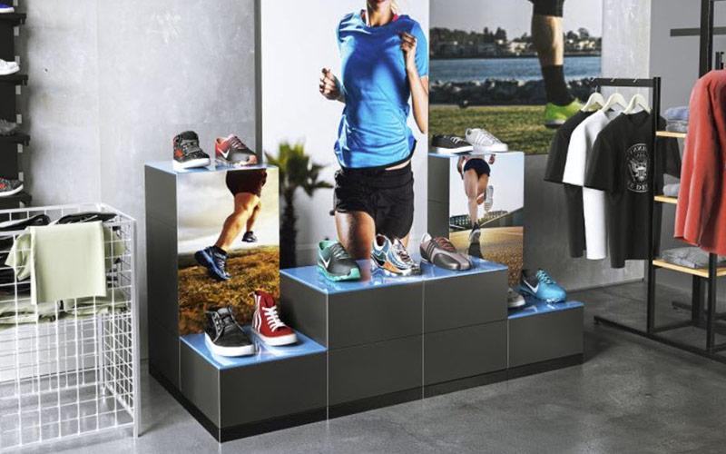 Schuhpräsentation mit EasyCubes